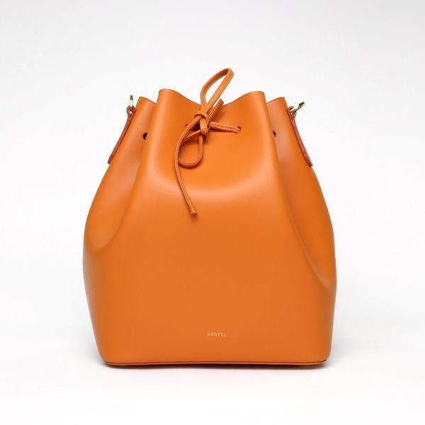 ALESSA DRAWSTRING BAG IN CALFSKIN ORANGE