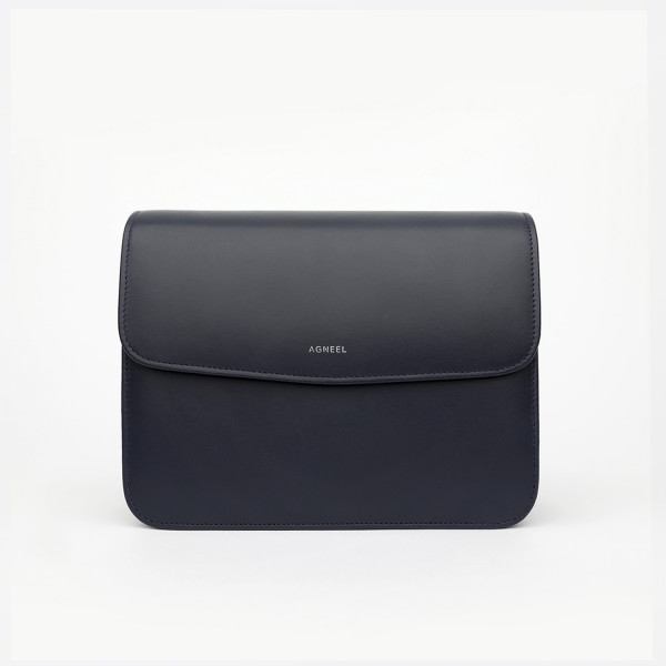 BELLA SHOULDER BAG IN CALFSKIN