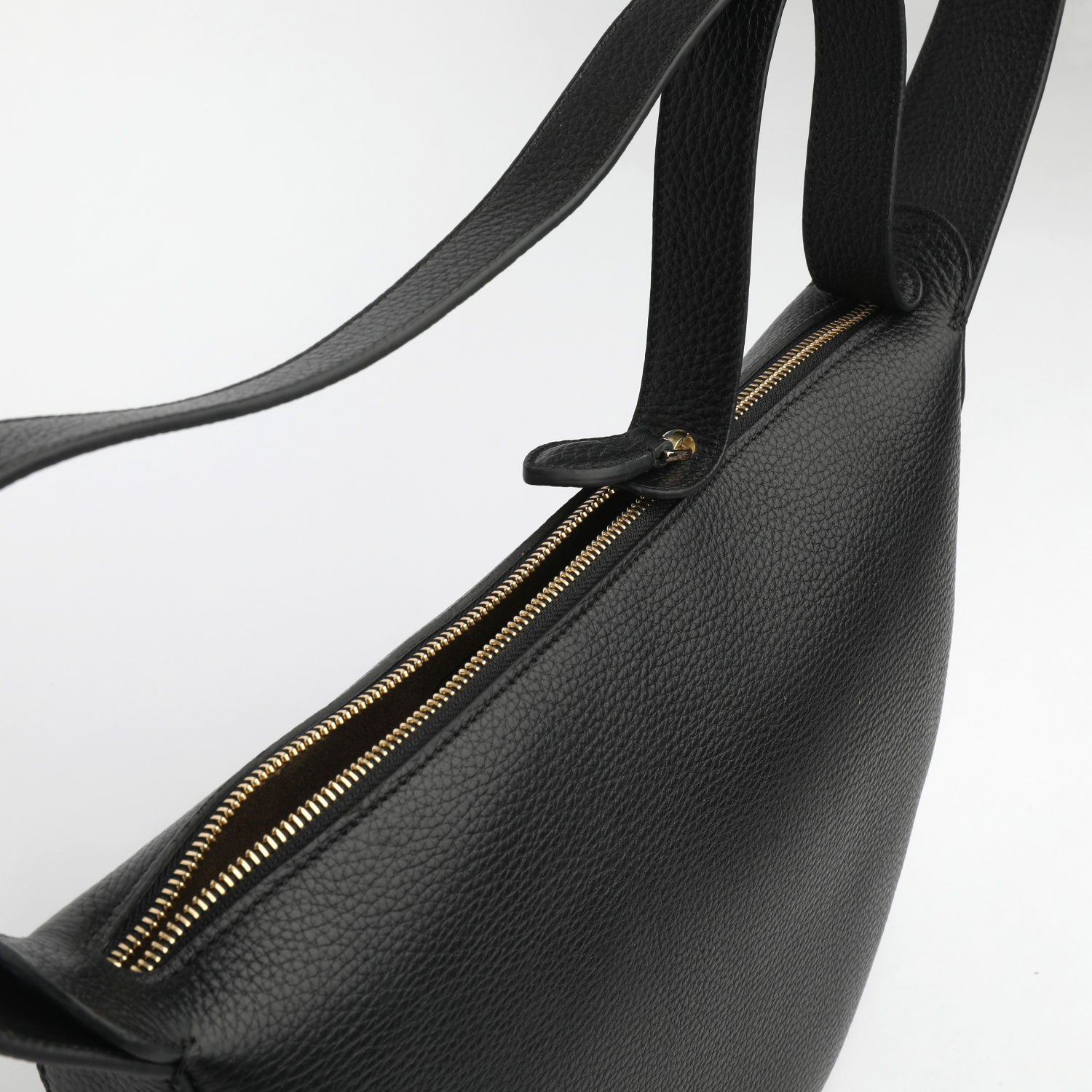 MONA HALF-MOON BAG IN GRAINED CALF LEATHER